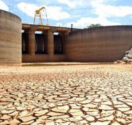 Crise hídrica provoca aumento das bandeiras tarifárias e acionamento de térmicas
