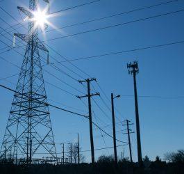 Posso vender energia com minha usina solar fotovoltaica?